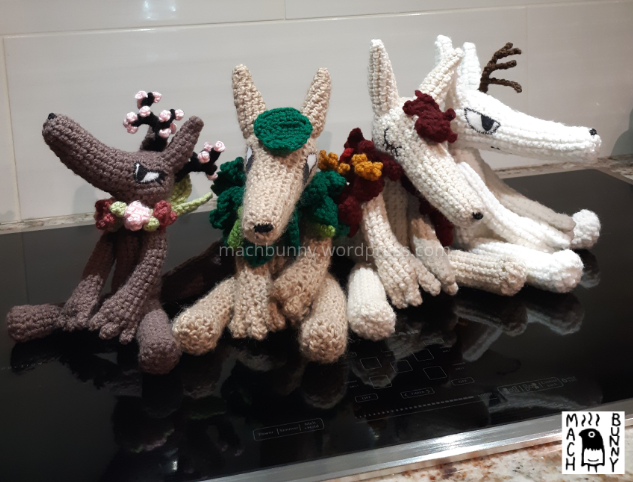 All four seasonal foxes, seen from the front