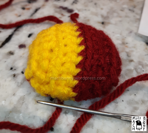 Top side of the wing for natu amigurumi