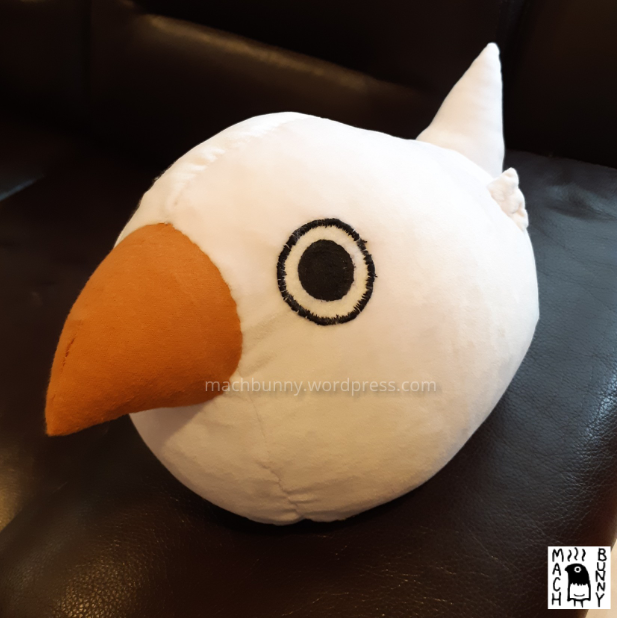Marshmallow finch plush, front top view
