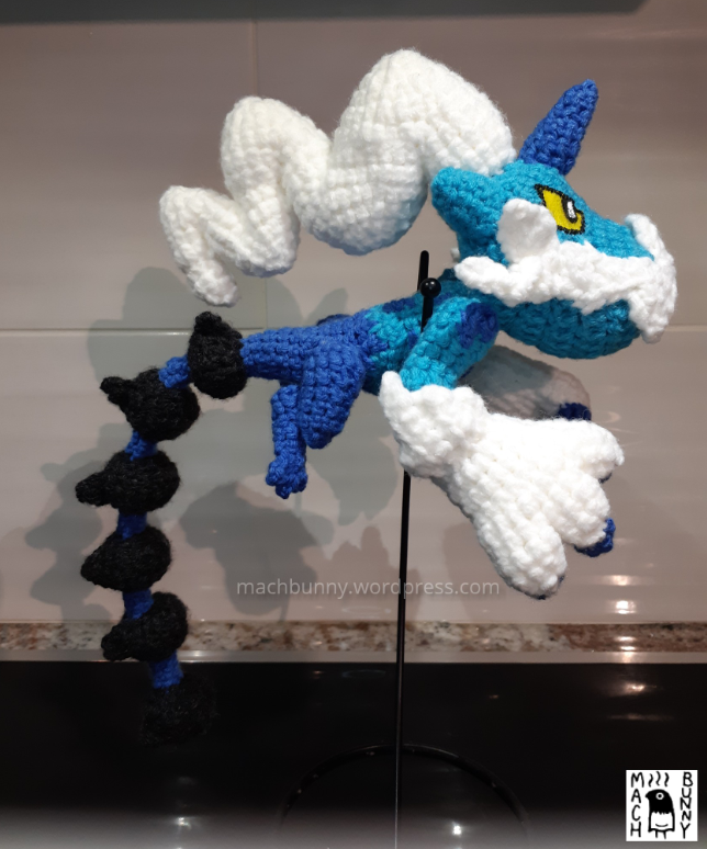 Amigurumi Thundurus Therian Forme, side view