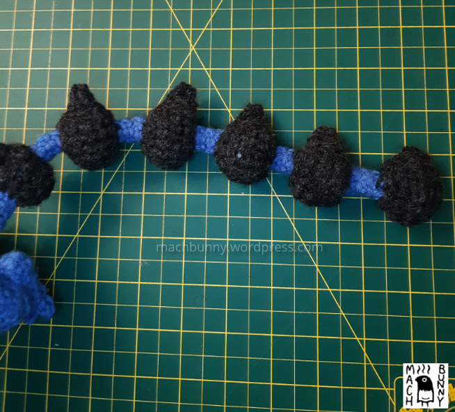 Amigurumi Thundurus Therian Forme, tail with all bits attached