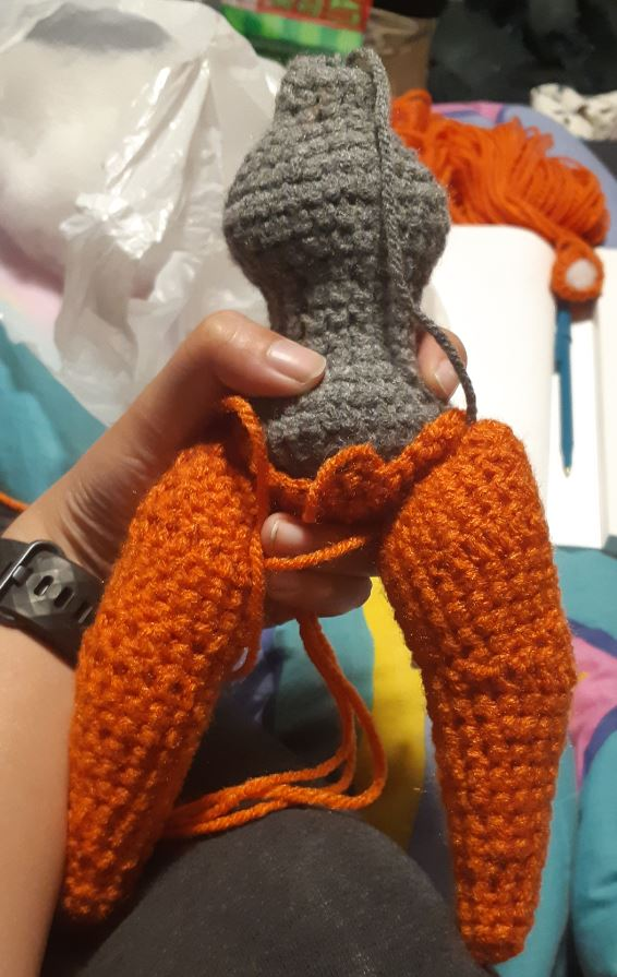 Amigurumi Deoxys, showing pieces of the legs and body