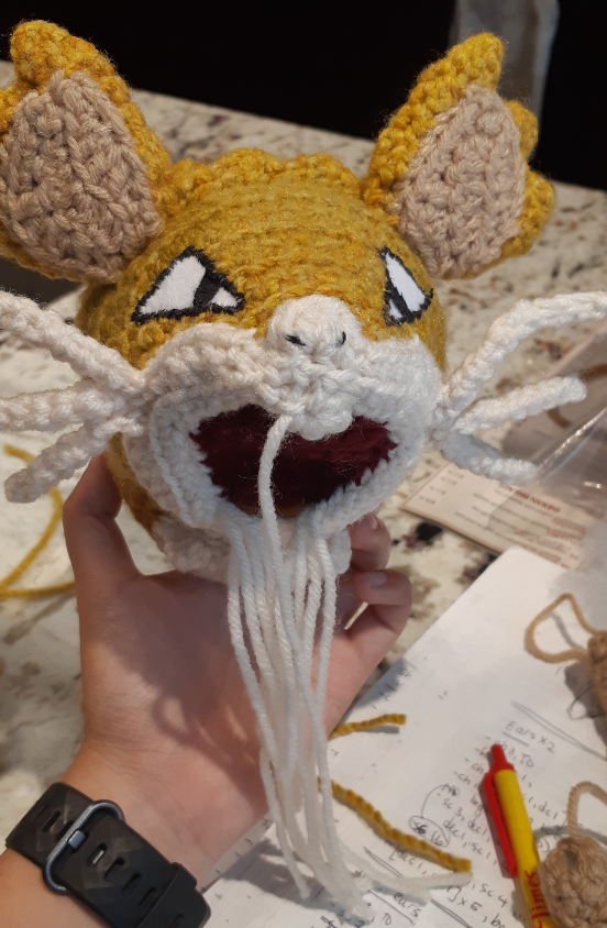 Amigurumi Raticate, front view of the face with whiskers and ears