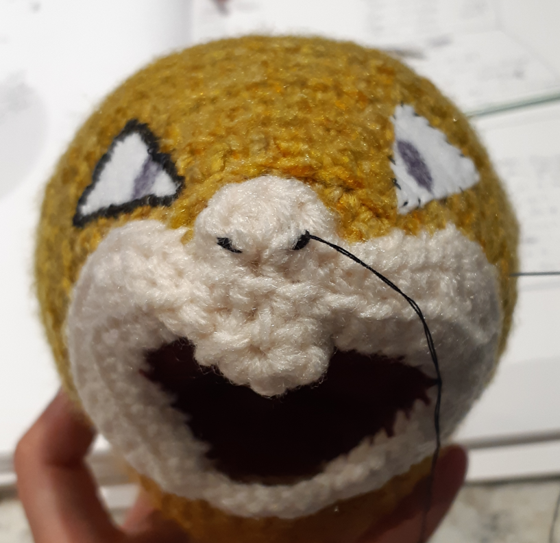 Amigurumi Raticate, front view of the muzzle