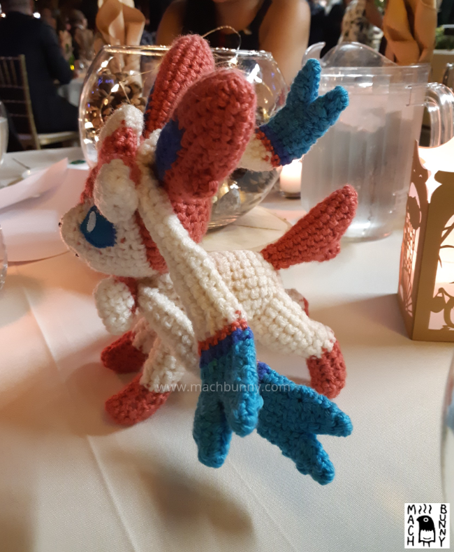 Amigurumi Sylveon, side view from opposite side