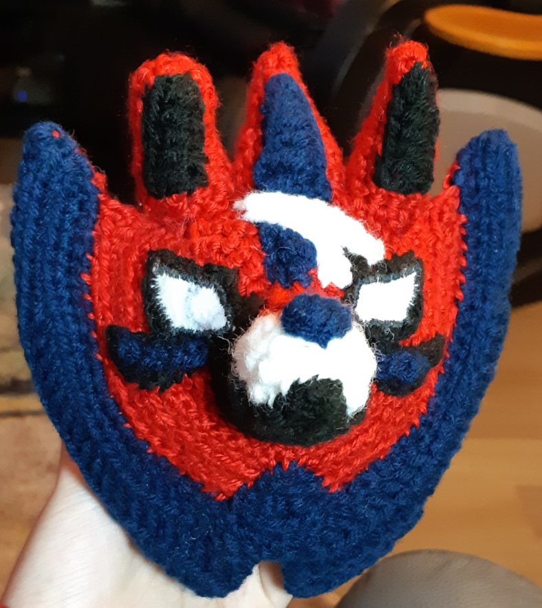 Zamazenta face, with eye and muzzle details with felt eyes and scar details